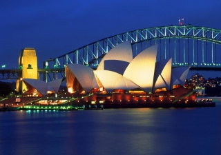 Light Sydney Opera House