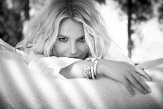 Britney Spears para Samsung S5367 Galaxy Y TV