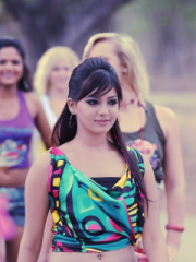 Pics of Samantha Prabhu for Nokia Asha 303