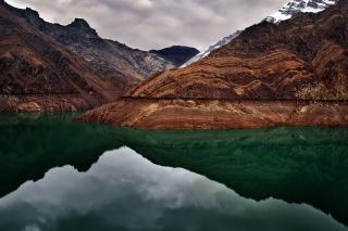 Moraine Lake for Nokia Asha 200