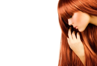 Beautiful Readhead With Long Hair para Sony Ericsson XPERIA PLAY
