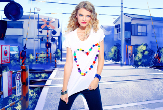 Cool Taylor Swift