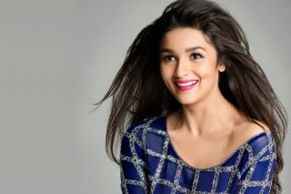 Actress Alia Bhatt para Samsung S5367 Galaxy Y TV
