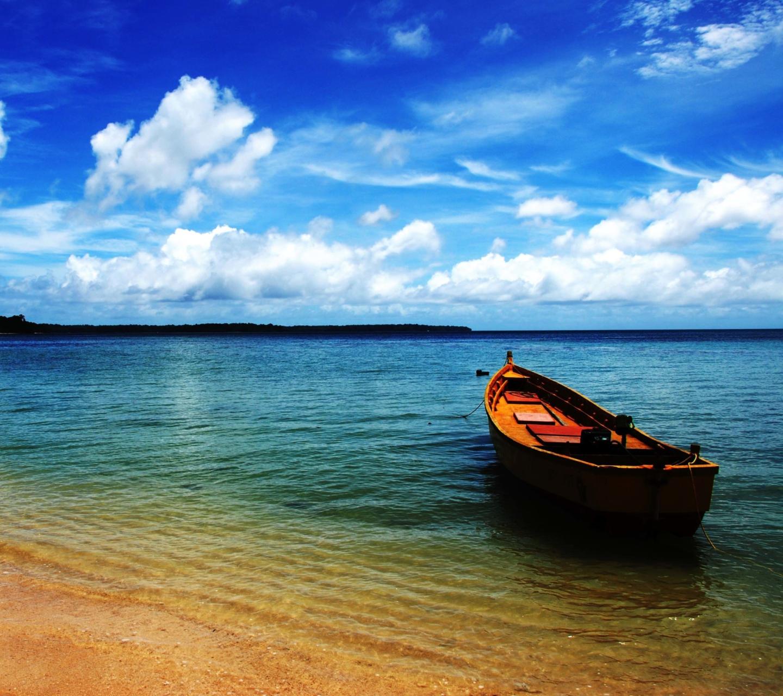 Boat On Sea Shore screenshot #1