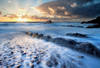 Amazing Oceanscape And Golden Clouds para Sony Ericsson XPERIA PLAY