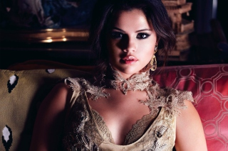 Selena Gomez para Sony Ericsson XPERIA PLAY