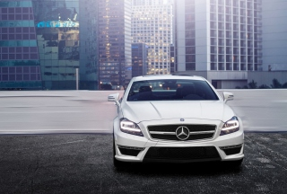 White Mercedes Benz Cls