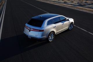 Lincoln MKT 5-Door SUV para Blackberry RIM Curve 9360
