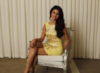 Selena Gomez para LG E400 Optimus L3