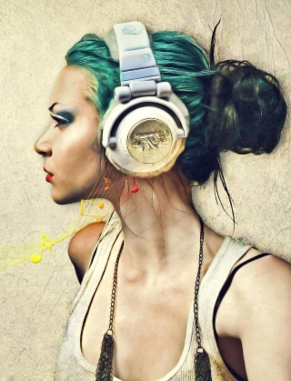 Girl With Headphones Artistic Portrait for 480x854