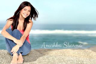 Anushka Sharma 2014 HD para Motorola RAZR XT910